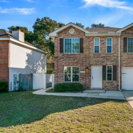 Rent this 3 bed house on Scranton St in Fort Walton Beach, FL