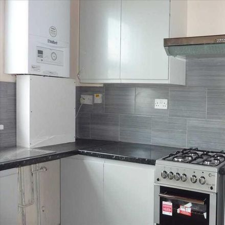 Rent this 3 bed apartment on 10 Kendal Parade in London N18 1ND, United Kingdom