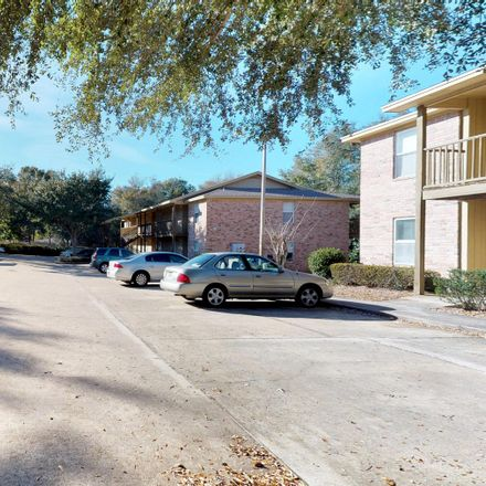 Rent this 2 bed apartment on Norwood Ct in Fort Walton Beach, FL