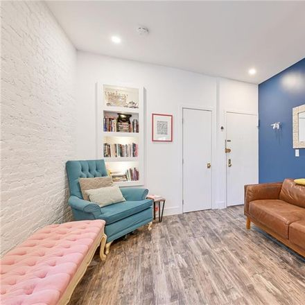 Rent this 1 bed condo on 345 West 21st Street in New York, NY 10011
