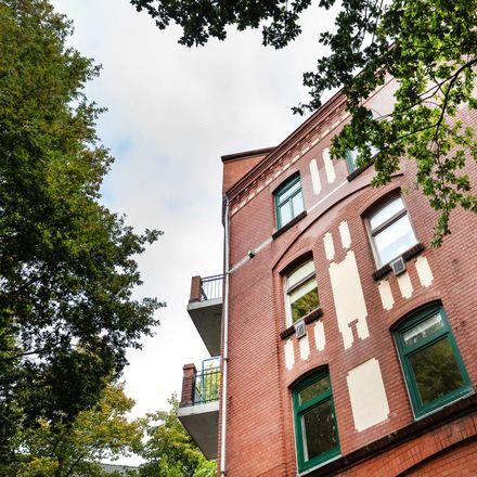 Rent this 3 bed apartment on Hamburg-Wilhelmsburg in B 75, 21109 Hamburg