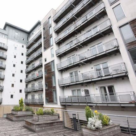 Rent this 2 bed apartment on Spar in Port Dundas Road, Glasgow G4 0HF