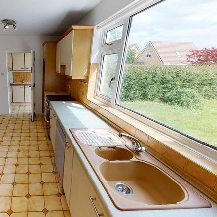 Rent this 4 bed house on Cog Road in Cog CF64 5TD, United Kingdom