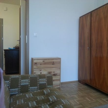 Rent this 1 bed room on Pory 60 in 00-001 Warszawa, Polska