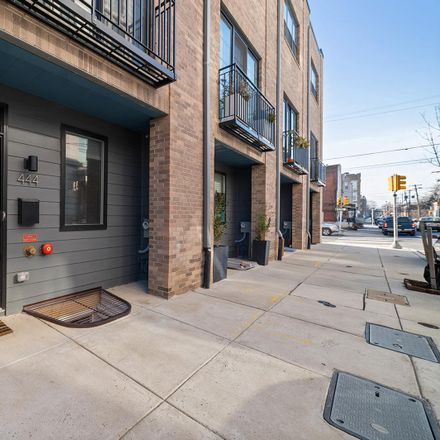 Rent this 3 bed townhouse on 444 West Master Street in Philadelphia, PA 19122