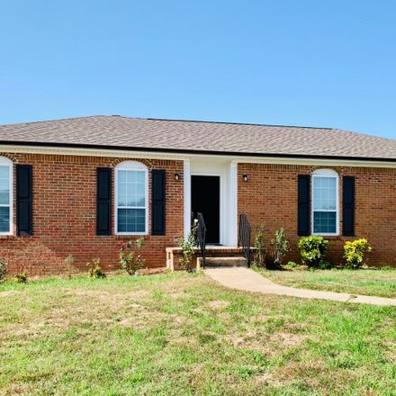 Rent this 3 bed house on Holly Crest Dr in Chattanooga, TN