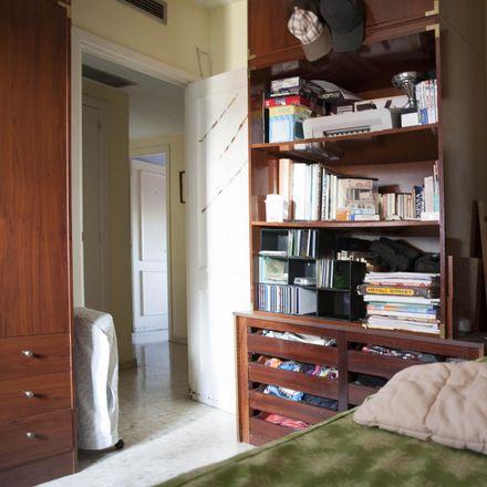 Rent this 4 bed room on ONCE in Avenida de los Pinos, 41089 Dos Hermanas