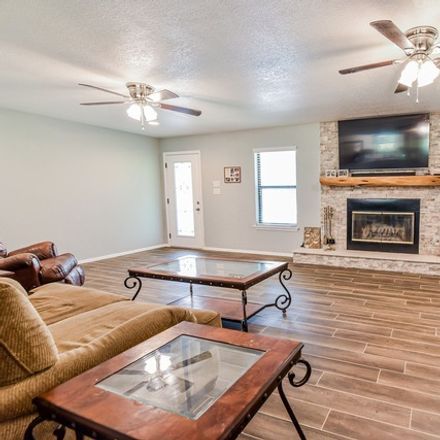 Rent this 4 bed house on Co Rd 7711 in Devine, TX