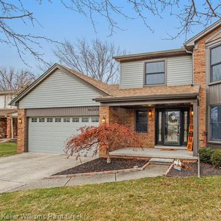 Rent this 3 bed house on 46249 Hollowoode Ln in Macomb, MI