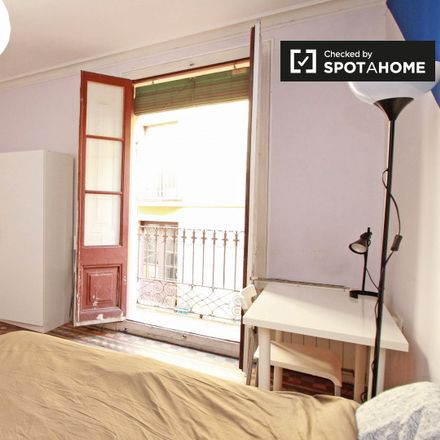 Rent this 7 bed apartment on Fernando in Carrer de la Volta del Remei, 31