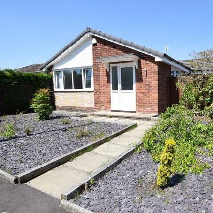 Rent this 2 bed house on Lum Head Primary School in Troutbeck Road, Gatley SK8 4RR
