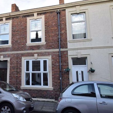Rent this 2 bed house on Holly Street in South Tyneside NE32 5HZ, United Kingdom