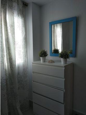 Rent this 1 bed room on Calle Castrillo in 36, 35004 Las Palmas de Gran Canaria