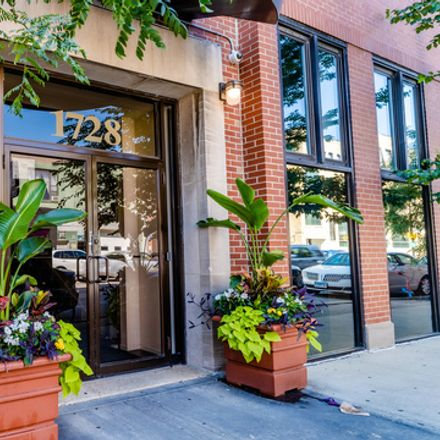 Rent this 2 bed loft on 1728 North Damen Avenue in Chicago, IL 606476