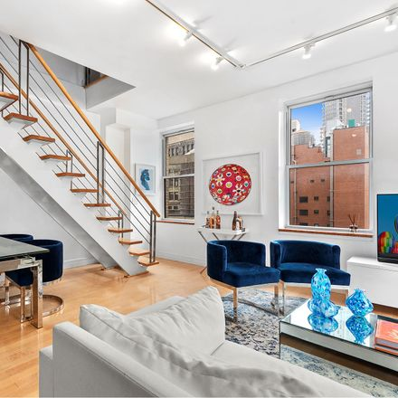 Rent this 3 bed loft on Liberty St in New York, NY