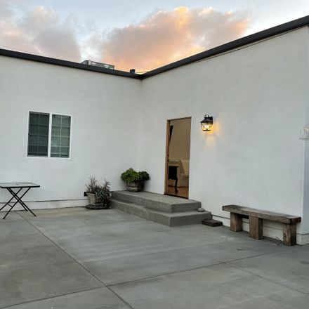 Rent this 3 bed house on 5302 West 119th Place in El Segundo, CA 90304