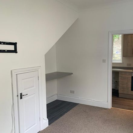 Rent this 2 bed apartment on Lipson Road in Plymouth PL4 7ES, United Kingdom