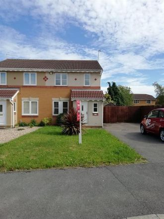 Rent this 3 bed house on Farmers Walk in Newark and Sherwood NG24 2FJ, United Kingdom