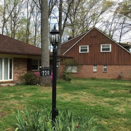 Rent this 3 bed house on 220 Emerald Hill Drive in Fort Washington, MD 20744