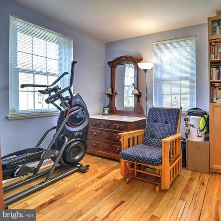 Rent this 3 bed townhouse on S Woodrow St in Arlington, VA