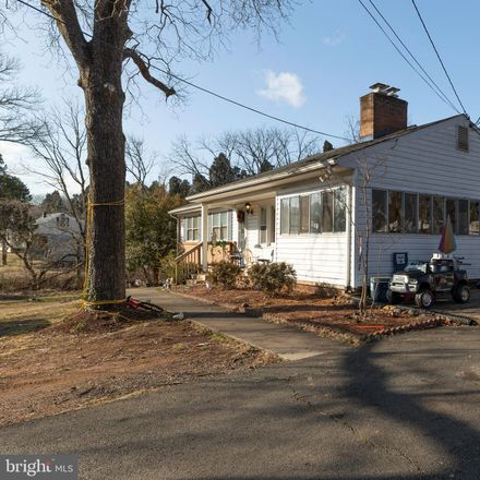 Rent this 5 bed house on Rolling Road in Manassas, VA 20110