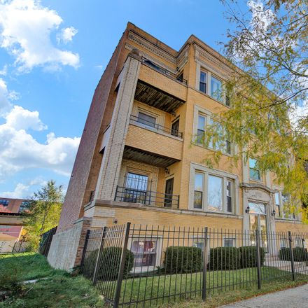 Rent this 2 bed condo on South Prairie Avenue in Chicago, IL 60653