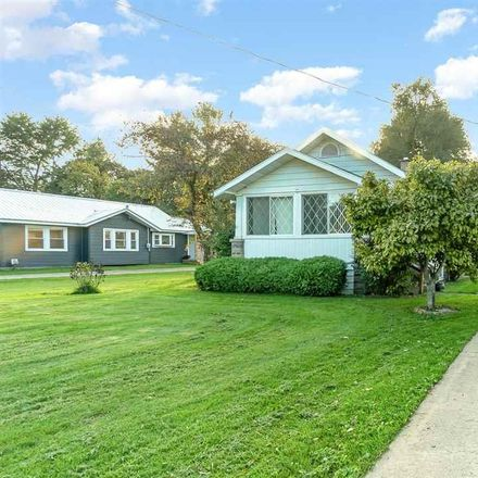 Rent this 3 bed house on 590 South River Road in Thomas Township, MI 48609