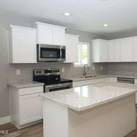 Rent this 4 bed house on Mesa Shores in 2534 East Jacinto Avenue, Mesa