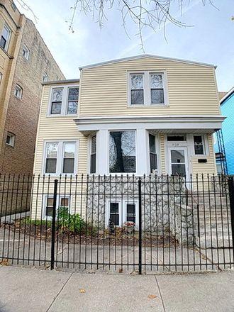Rent this 6 bed duplex on 1938 North Richmond Street in Chicago, IL 60647