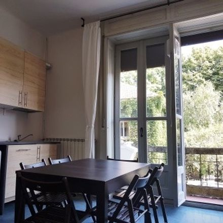Rent this 3 bed room on Via Archimede in 78, 20129 Milano MI
