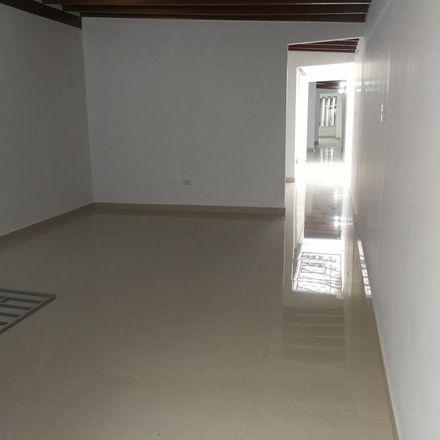 Rent this 6 bed apartment on Sukyo Mahikari in Carrera 78A, Comuna 11 - Laureles-Estadio