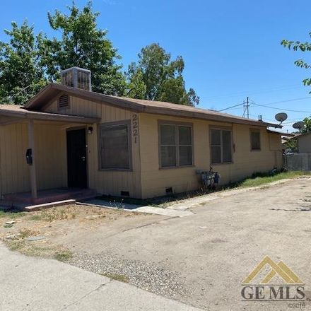 Rent this 0 bed house on 2221 California Avenue in Bakersfield, CA 93304