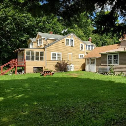 Rent this 5 bed house on 24 Guymard Turnpike in Godeffroy, NY 12729