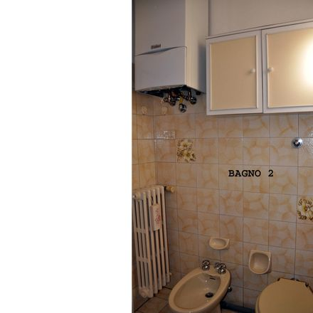 Rent this 4 bed room on Via Francesco Berni in 25, 50124 Firenze FI
