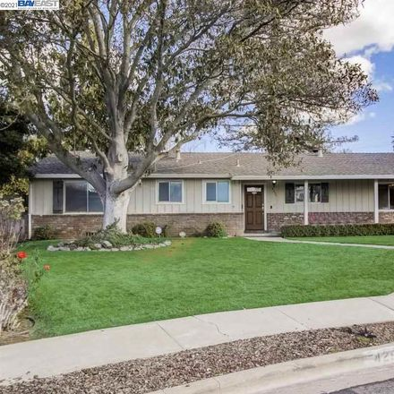 Rent this 3 bed house on 4299 Cherrywood Court in Concord, CA 94521