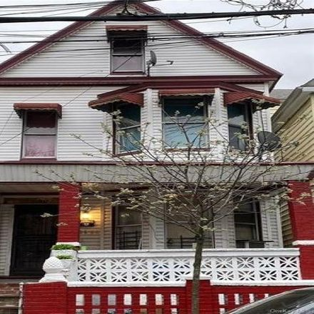 Rent this 3 bed house on 2666 Briggs Avenue in New York, NY 10458