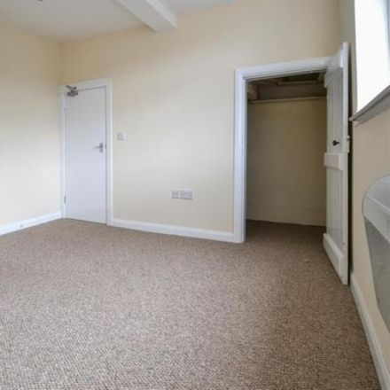 Rent this 2 bed apartment on Heaphys in Church Green West, Redditch B97 4DU