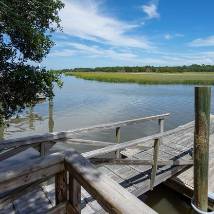 Rent this 0 bed apartment on Fripp Point Rd in Frogmore, SC