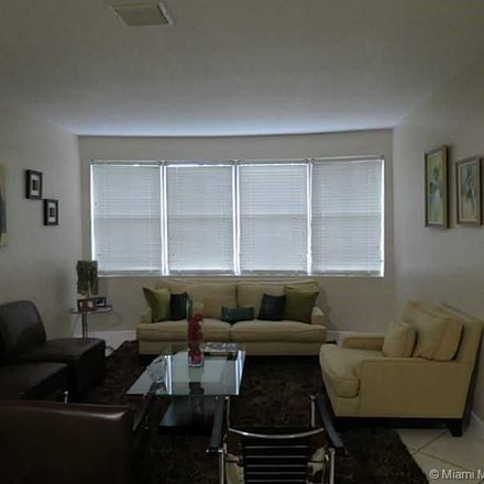 Rent this 4 bed house on Doral Pkwy in Miami, FL