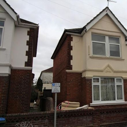 Rent this 6 bed house on 29 Harborough Road in Southampton SO15 2FZ, United Kingdom