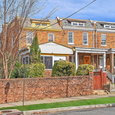 Rent this 6 bed townhouse on 461 Delafield Place Northwest in Washington, DC 20011
