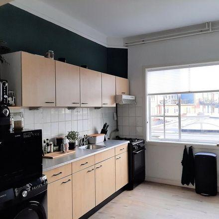 Rent this 2 bed apartment on Veerstraat 42A in 1211 HK Hilversum, Netherlands