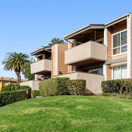 Rent this 2 bed apartment on Irvington High School in Blacow Road, Fremont