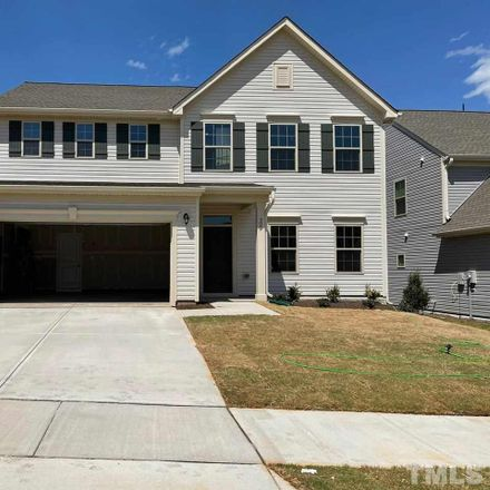 Rent this 5 bed loft on W Oaks Dr in Fuquay-Varina, NC