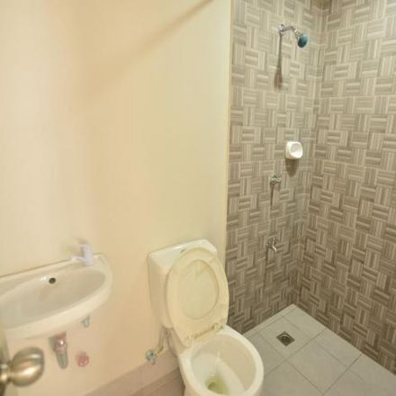 Rent this 2 bed house on United Nations in Parañaque, 1711