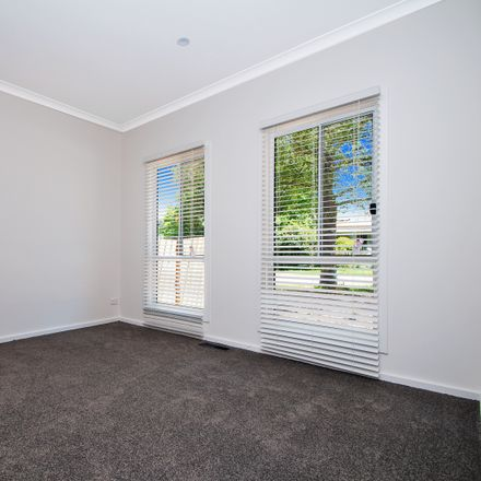 Rent this 3 bed house on 1 Victory Street