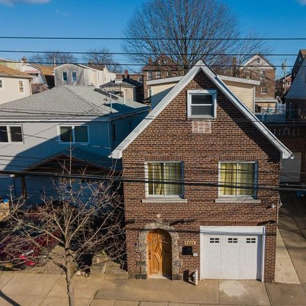 Rent this 3 bed house on 2552 Morgan Avenue in New York, NY 10469