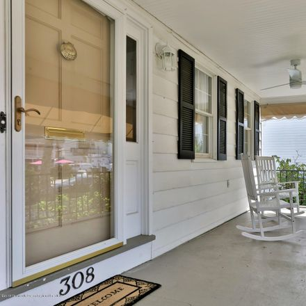 Rent this 4 bed house on 308 Washington Avenue in Spring Lake, NJ 07762