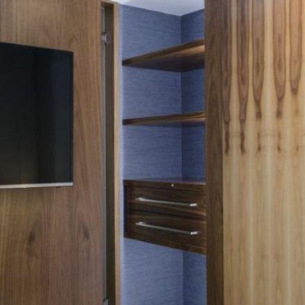 Rent this 2 bed apartment on Escuela Infantil Patrocinio de San José in Calle de Luis Larrainza, 28001 Madrid