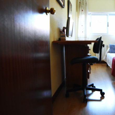 Rent this 4 bed apartment on Calle de Carlos Fuentes in 39, 28047 Madrid